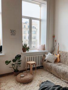 bail-etudiant-meuble-salon