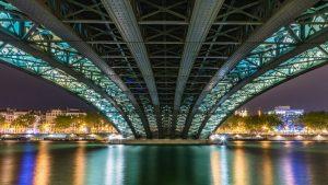 lmnp déficit foncier-pont-lyon-illuminé