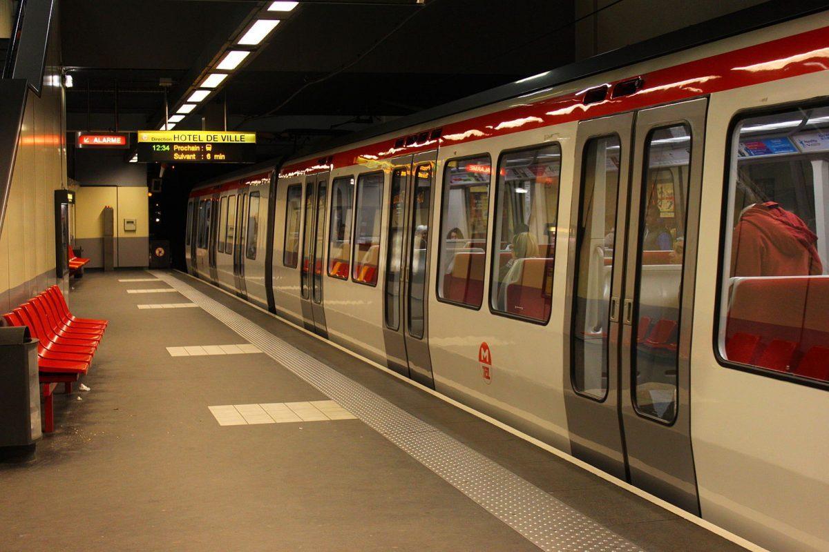 metro-tassin-la-demi-lune