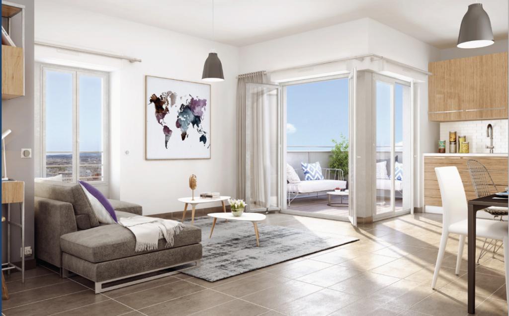placement immobilier- salon meublé cuisine équipée baie vitrée ouverte terrasse ciel bleu